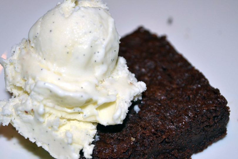 dark-chocolate-brownie