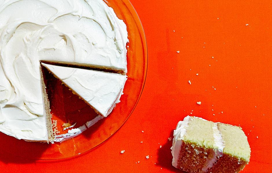 gluten-free-vanilla-cake-940x600