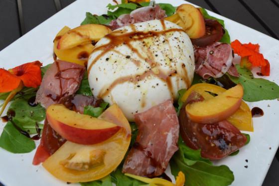 farmers-market-salad-810x540